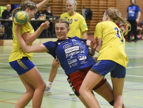 Tiril Solumsmoen Mørch var med på å slå Bøler for HSK jenter 16 i helgen.
