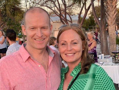 TIL HØNEFOSS: Kartverkets nye direktør Johnny Welle og kona Siri Lindeman som er fra Hønefoss.