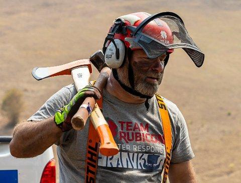 NY OPERASJON: Frank Sandbye-Ruudfra Risør er en av medlemmene i veterannettverket Team Rubicon Norge som sammen med kolleger fra Australia de neste to ukene skal de jobbe i lokalmiljøet rundt småbyen Kempsey.