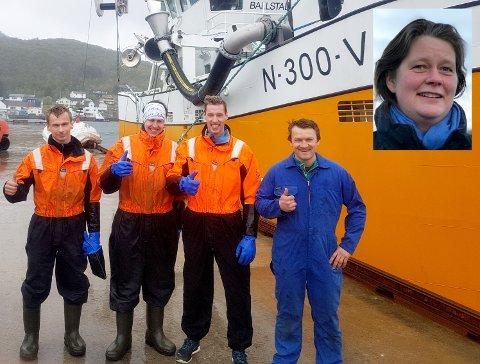 Årets kvalitetsfisker, Tor Inge Nilsen fra Ballstad sammen med mannskapet.
