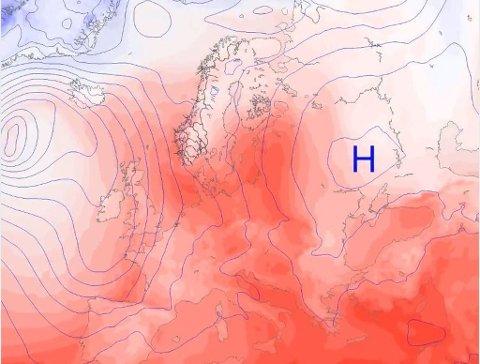VARME VINDER: På animasjonen som Meteorologisk institutt la ut onsdag ser du hvordan varm luft blir flyttet nordover av særlig vind mellom lavtrykk i vest og høytrykk i øst. Foto: Faksimile (Meteorologisk institutt/Yr.no)