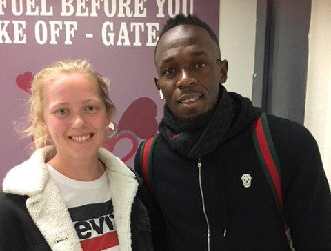 Sigrid Borge ble både rød og stum da hun mer eller mindre ble tvunget til å ta bilde med Usain Bolt. Av sin egen trener!