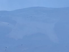 Snøskredet gikk i terrenget ved siden av løypene.