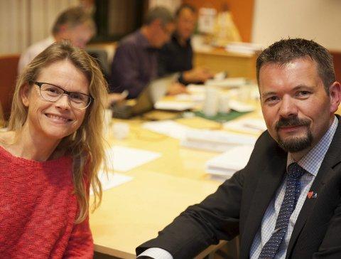 KLAR FOR Å SNAKKE: Trude Hagland og Arbeiderpartiet er klar for å snakke med Svein Erik Kristiansen og Høyre om hvem som skal styre Evenes de neste fire årene.                                    Foto: Ragnar Bøifot