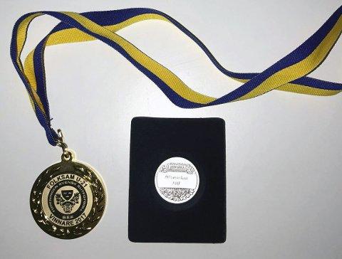 BEVISENE: Medaljene til Julian Kristoffersen som bevis på at han har blitt svensk U21 mester og nummer tre i Allsvenskan med Djurgården i 2017.