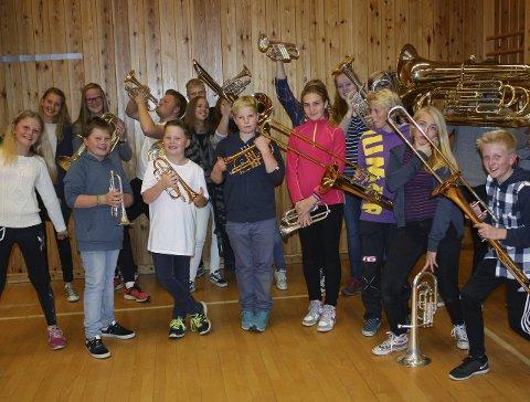 FUNKY: Brandbu skolekorps ønsker å være litt funky neste søndag. Foto: Privat