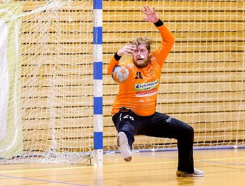 KEEPER OG MÅLSCORER: Rasmus Bech scoret fire mål i det tomme Fyllingen-målet.