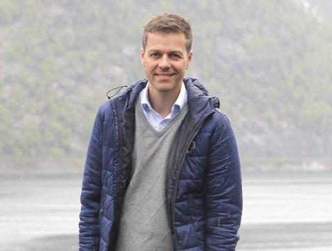 No inviterer fire statsrådar fylka til møte. Knut Arild Hareide (KrF) er ein av dei. Arkiv: Eivind D. Sjåstad