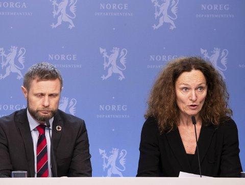 Bekymra: Helse- og omsorgminister Bent Høie og Camilla Stoltenberg ved FHI. Foto: Terje Pedersen/NTB