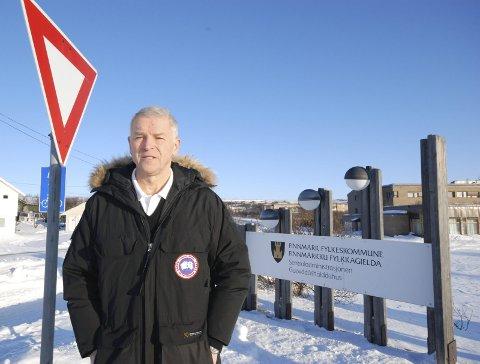 STOPP: Geir Knutsen frykter tidenes dårligste valgresultat i Finnmark hvis ikke Ap-leder Støre snarest gir signal om at Finnmark igjen blir egen fylkeskommune straks Ap kommer til makta.