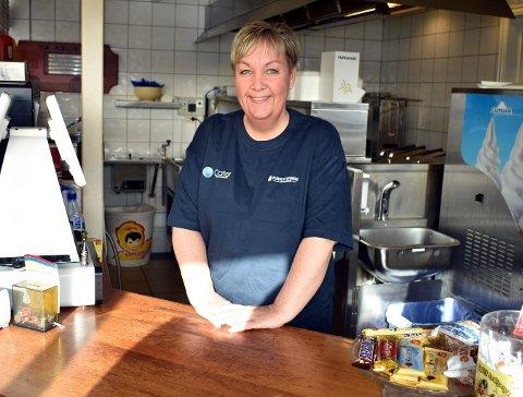14 ÅR SOM SJEF: Linda Engh Løver tok over Furuly Spiseri etter moren i 2007. Det hele startet som en pølsekiosk i 1980.