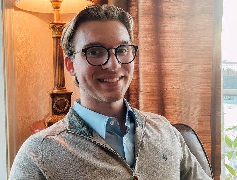 Johannes Lorentzen vurderer sterkt å flytte tilbake til Vestvågøy etter han er ferdig med utdanningen i Trondheim.