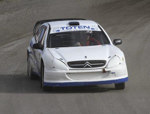 Nest best: Henrik Paulsen fra NAF Gjøvik ligger på andreplass sammenlagt i klasse 4 etter tre av totalt fem NM-runder i rallycross. Foto: Rune Johannesen