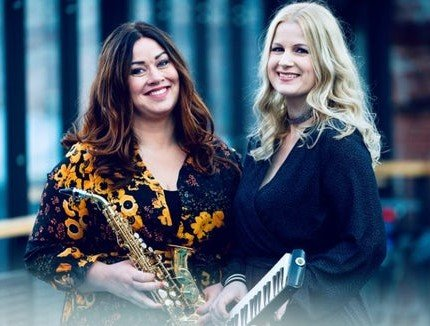 Frøydis Grorud og Trude Kristin Klæbo. (Pressefoto)