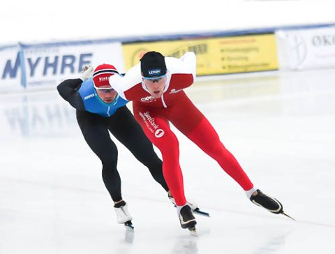 TRENINGSKAMERATENE: Magnus Bakken Haugli (foran) og Kristian Ulekleiv fulgte hverandre som skygger på siste trening før NM.