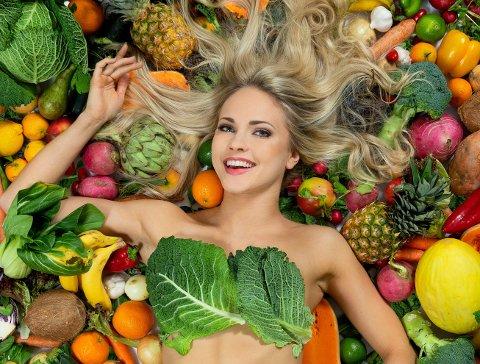 VAKKER: Emilie Nereng (24) fra Hønefoss er nominert til en av verdens vakreste kvinner i en global skjønnhetskåring.