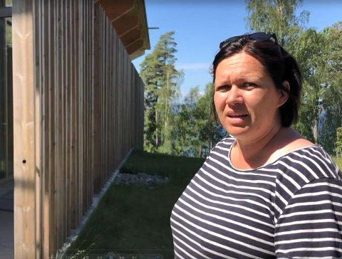 ULIKE REAKSJONER: – Reaksjonene er mange, i møte med det som skjedde 22. juli, sier Ann Helen Løvstad, arrangementsansvarlig på Utøya.