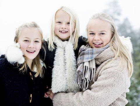 Dette julekortet har jeg har tatt av mine barn. Jeg har gått tett på, fått en nøytral bakgrunn og har benyttet meg av dagslyset.   Foto: Tom Gustavsen