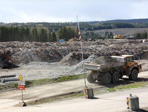 MOTSTAND: De nye planene ved Esval Miljøpark har møtt motstand hos naboene, som nå har fått medhold hos Fylkesmannen.