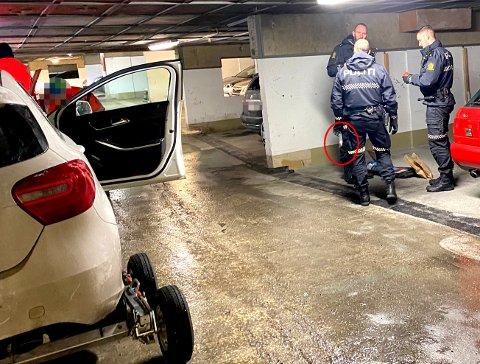 BESLAG: Den hvite Mercedesen ble funnet i et garasjeanlegg søndag ettermiddag.