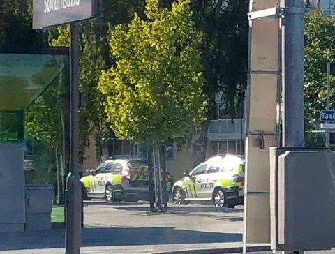 TILTALT: Tre personer er tiltalt etter et slagsmål på Sørumsand stasjon i august i fjor. FOTO: RB-TIPSER
