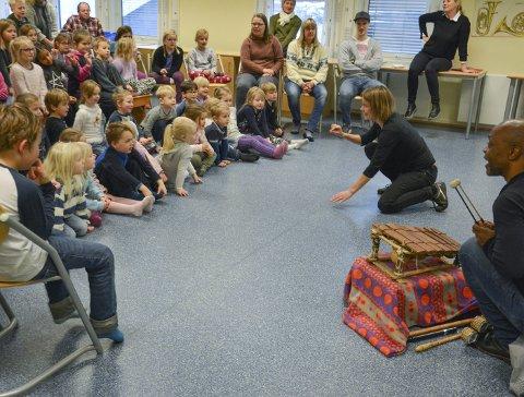 STORE ØRER: hadde barn ved Tangen skole og fra Tømmerås barnehage når Raymond Sereba og Beathe Frostad startet.
