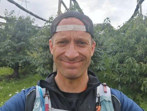 SUPERSPREK: Dette bildet tok Einar Hagemann på løpeturen gjennom Svelviks frukttrær.