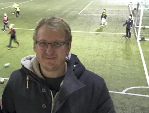 BELASTENDE: Flints sportslige leder Espen Røkaas sier saken har vært belastende for klubben.