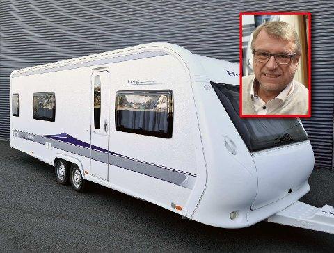 STJÅLET: Slik ser den stjålne campingvognen ut. Kanskje du har sett den? Salgssjef Fred Karlsen hos Ferda håper folk holder øynene åpne.
