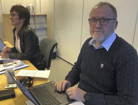 Flertall: Varaordfører Vidar Engh (Ap) la frem en rekke forslag på vegne av eget parti, Høyre, Venstre og FrP.