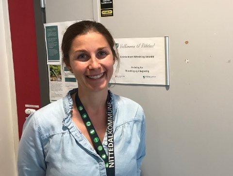 HJELPERMENNESKER SOMHARFLYKTET:Linn-Cathrin Juell begynte 1. august i jobben som avdelingsleder for Nittedal kommunes flyktningtjeneste.