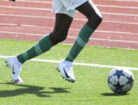 MEST TIL FOTBALLKLUBBEN: Risør Fotballklubben får over 26 prosent av LAM.