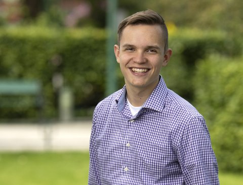 ISRAEL-VENN: Joel Ystebø står på tredjeplass på KrFs liste til kommunevalget. Nå varsler han a-en offensiv til støtte for Israel i bystyret. Foto: Ole-Stian Jørgensen