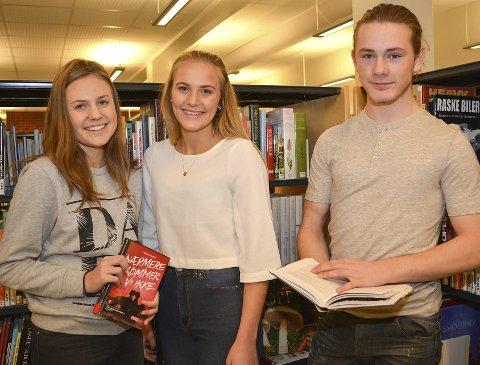 Engasjerte: Henriette Nordheim (t.v.), Maria Grønland Andresen og Bjørn Arild Braathen fikk publikum til å tørke tårene da de presenterte ungdomsbøker på Ungdomsbokgildet.