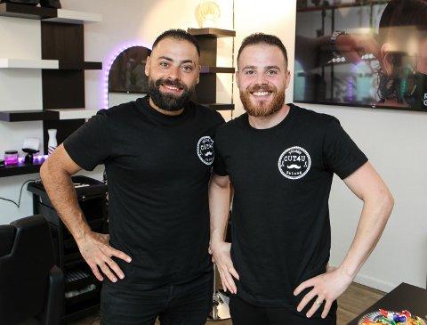 SATSAR: Brørne Maher (28) og Abdalla (26) Saloum i salongen som dei har store planar for framover.