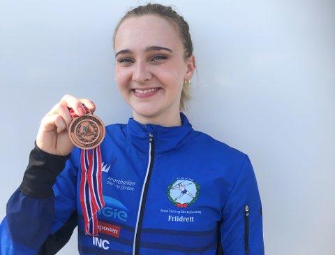 GLAD: Margrete Strømmen KjerpEset tok bronse på 400 m hekk i junior-NM denne helga.