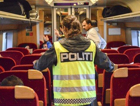 De siste dagene har flyktningstrømmen i Europa nådd Østfold for fullt.