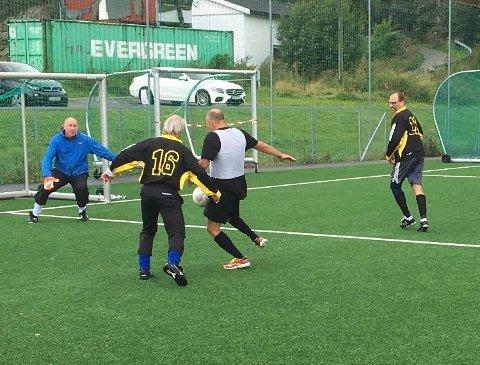 MESTERLIG: Frode Hansen var en av årsakene til at Stjernen gikk til finalen i gåfotball-turneringen i Trondalen lørdag.