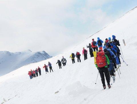 I KØ TIL FJELLS: Turisthyttene i Rondane hadde fram til onsdag en trafikkøkning på 69 prosent.