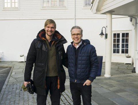 I Eidfjord: Regissør Andreas Riiser og produsent Stein B. Kvae var i Eidfjord sist veke. Der jakta dei på eigna stader for opptak av den nye filmen om Knerten og veslebror. Samtidig hadde produksjonsselskapet Paradox møte med Quality Hotel Vøringfoss og Eidfjord kommune.