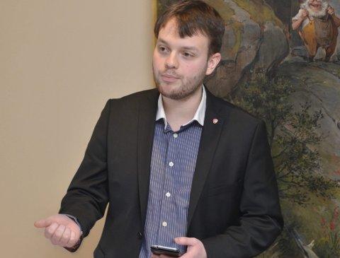 Tid: Emil Tomasgard (Ap) meiner det er viktig å vera ærlege om at flaumtunnel-alternativet kan ta svært lang tid å realisera dersom ein ikkje blir lova pengar frå regjeringa.  Arkivfoto