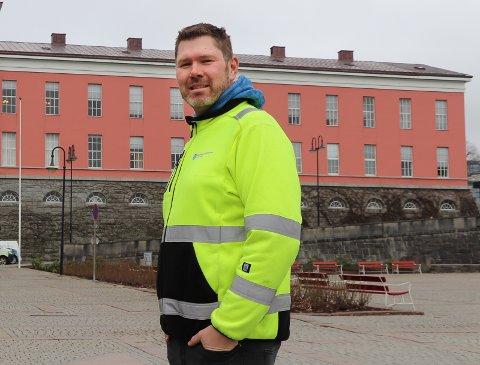 BRUKER UTESTEMME: Veisjef Kjetil Lindanger synes det er rart at enkelte ikke tar hensyn til andre.