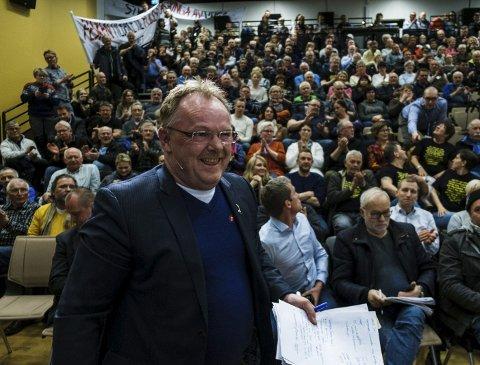 MÅ ENDRE: Fiskeriminister Per Sandberg må endre på ordningen med fiskekvoter. Foto: Ole Gunnar Onsøien
