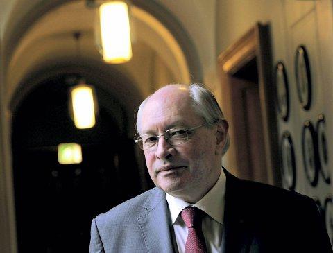 UNNLATELSESSYND: Leder Martin Kolberg i Stortingets kontrollkomité mener det ville vært en unnlatelsessynd ikke å sjekke om tanaloven er brutt.Foto: ANB
