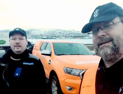 ATV-sjåfør Raymond Hansen og FIG-leder Sverre Wiik fra Harstad er på vei til Andøya lørdag.