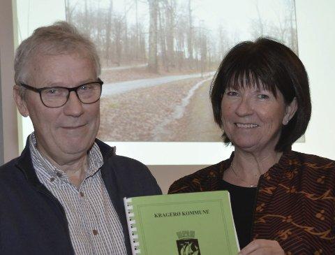 Kontroll: Kommunalsjef Åge Aashamar og rådmann Inger Lysa kan legge fram et regnskap som viser at økonomien i kommunen var under kontroll i 2017. Arkivfoto: Jon Fivelstad