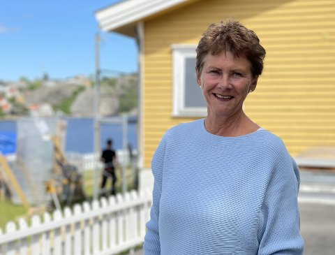 Lise Welo har ikke angret ett sekund på at hun kjøpte hus på Furuholmen.