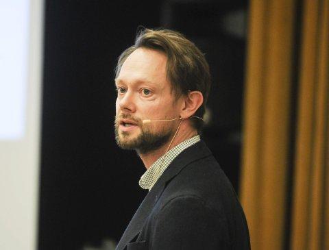 ØKONOMISJEF: Øystein Granheim legger fram et budsjettforslag som er sårbart for ytterligere investeringer.