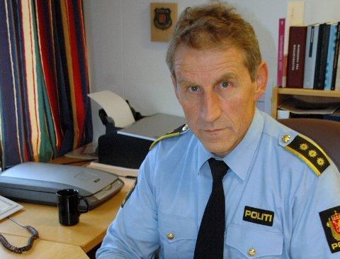 LÅS DØRENE: -Lås dørene, det er er lensmann Asbjørn Sjølie sitt klare råd.