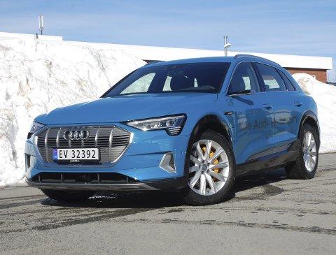 VINNERBIL: Audi e-Tron er nå landets både mest solgte elbil og modell totalt. Den ble også kåret til «Årets Bil i OA».FOTO: ØYVIN SØRAA